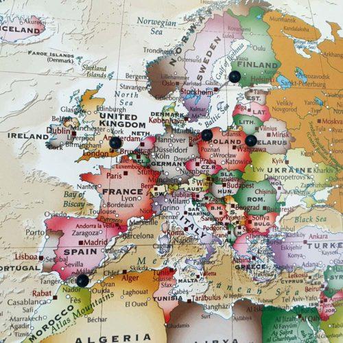 Stor Världskarta Winkel Tripel Projection för nålmarkering med nålar (3)