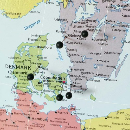 Stor europakarta politisk för markering med kartnålar