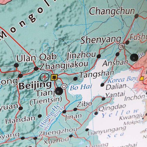 Stor väggkarta över Asien för markering med nålar