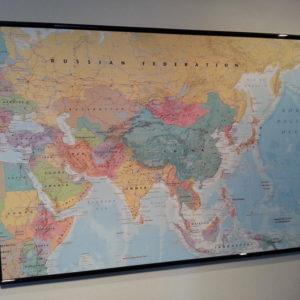 Karta för väggen över Asien för nålmarkering