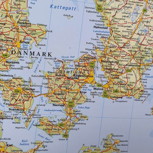 Karta över Norden och Baltikum Danmark / Skåne där du kan markera dom länderna du rest till med nålar. Kartkungen