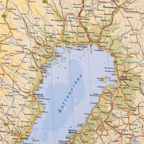 Karta över Norden och Baltikum Norra Finland / Norra Sverige där du kan markera dom länderna du rest till med nålar. Kartkungen
