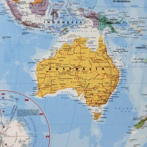Världskarta för vägg för nålmarkering klassisk australien