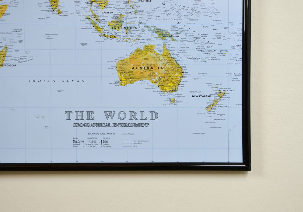 Big The World World Map Pinboard King