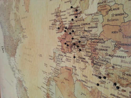 Världskarta för markering med nålar verdenskort med nåle