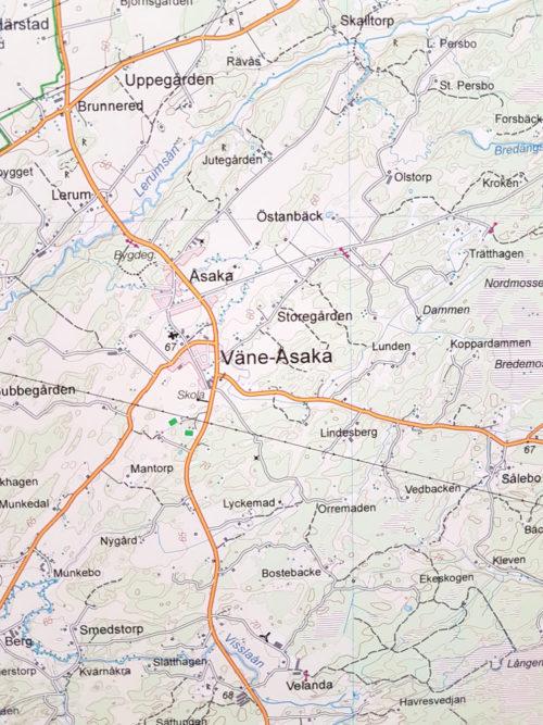 Karta över Väne-Åsaka 100x140 cm - För nålmarkering - Kartkungen