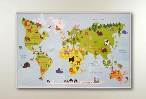 världskarta för barn till barnrummet djur och figurer