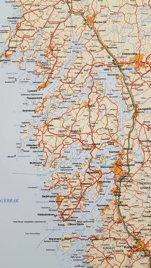 Väggkarta över Västra Götalands län. Västkusten För markering med kartnålar Svart ram Kartkungen