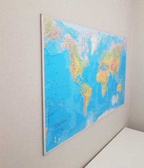 vaggkarta-varlden-frameless-1