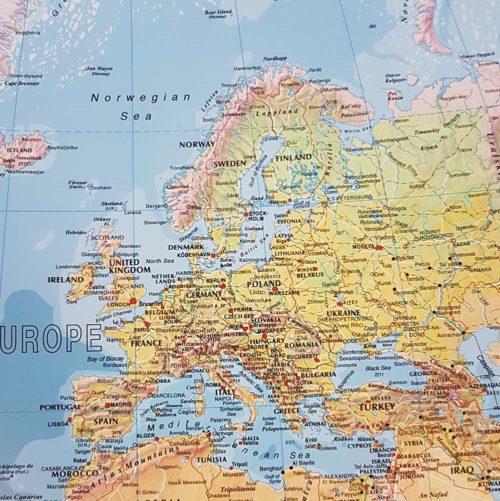 karta-vagg-where-are-you-from-flerfargad-vit-70-100-cm-04