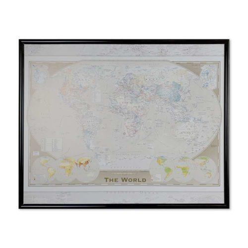 En billig världskarta The World som du kan märka ut de länderna du rest till med nålar.