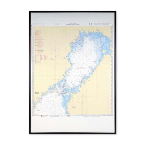 Inramat sjökort nr 4 över Bottenviken där ni kan märka ut med nålar vart ni har rest eller vill resa. Eller kanske bara som en fin tavla? Handgjord ram.