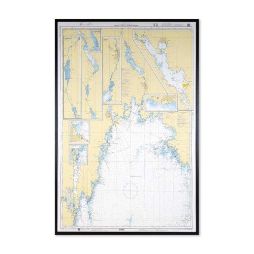 Inramat sjökort över Arvika-Säffle-Köpmannebro där ni kan märka ut med nålar vart ni har rest eller vill resa. Eller kanske bara som en fin tavla? Fin ram.