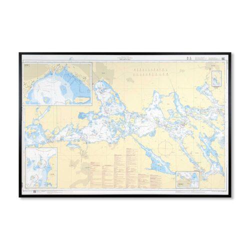 Inramat Sjökort 113 över Mälaren västra där ni kan märka ut med nålar vart ni har rest eller vill resa. Eller kanske bara som en fin tavla? Handgjord ram.
