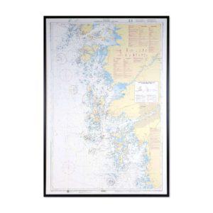 Inramat sjökort över Marstrand, Göteborg, Tistlarna där ni kan märka ut med nålar vart ni har rest eller vill resa. Eller kanske bara som en fin tavla? Handgjord ram.