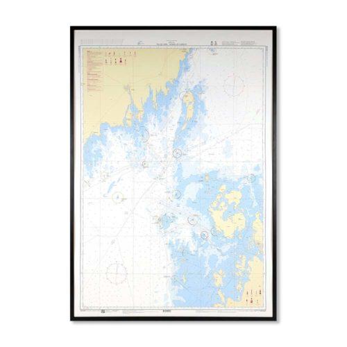 Inramat sjökort 429 över norra kvarken från Sjöfartsverket att hänga på väggen, där ni kan märka ut med nålar vart ni har rest eller vill resa. En fin tavla som aldrig går ur tiden. Levereras med handgjord ram.