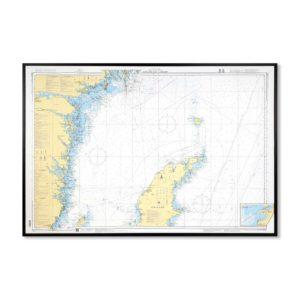 Inramat sjökort över Gotland Norra-Landsort för vägg. Där ni kan märka ut med nålar vart ni har rest Eller kanske bara som en tavla? Handgjord ram.