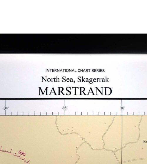 Inramat sjökort över Marstrand för vägg.