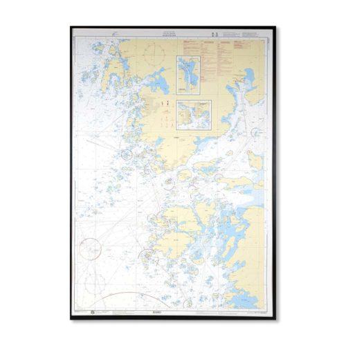 Inramat sjökort Specialkort 9321-över Marstrand för vägg.