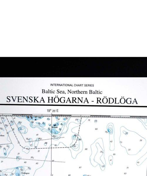 sjökort-på-väggen-svenska-högarna-rödlöga-INT1774SE613-01 (2)