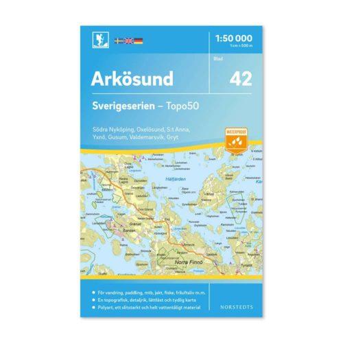 Friluftskarta 42 Arkösund 1:50 000. Kartan täcker även in Södra Nyköping, Oxelösund, S:t Anna & Gryt, Yxnö, Gusum och Valdemarsvik.