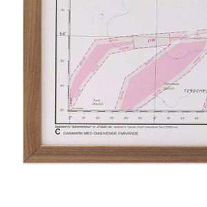Søkort til væggen C Danmark med omgivende farvande geodatastyrelsen ramme i valnød (2)