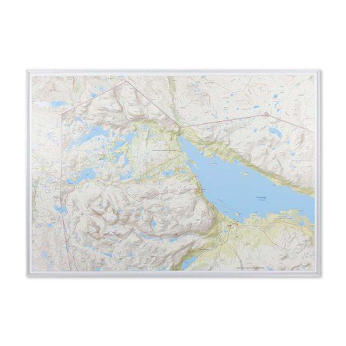 fjällkarta för väggen med vit ram Riksgränsen Abisko