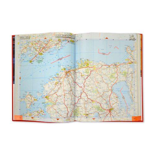 m-vagatlas-europa-2021-2022-bild-mittuppslag-exempelbild