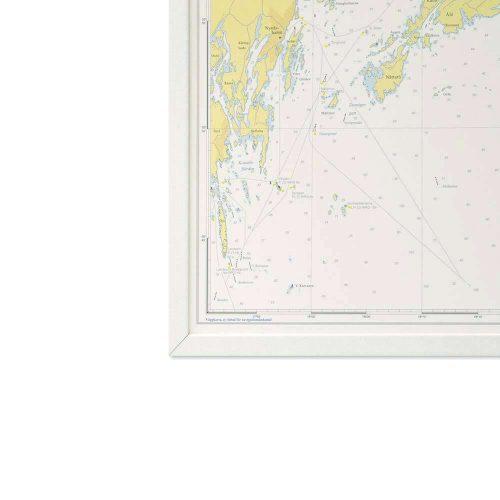 sjökort-stockholms-skärgård-för-vägg-hydrographica-vit-ram-bild-hörn