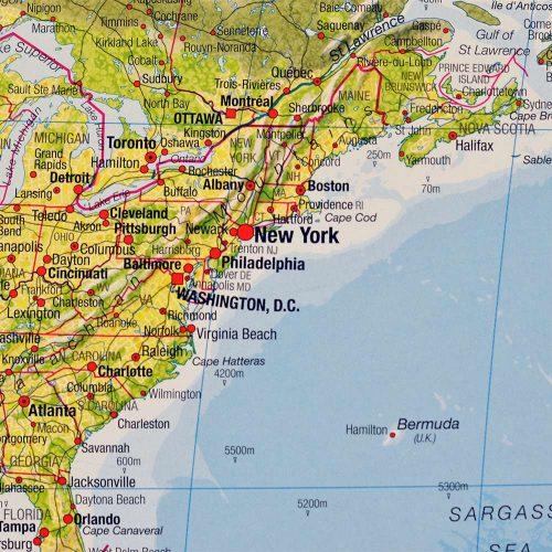 stor-varldskarta-miljo-med-svart-ram-och-markering-for-kartnalar (5)
