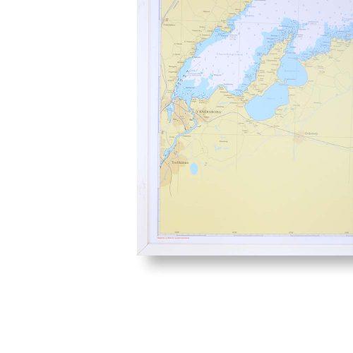 sjökort vänern för väggen med vit ram