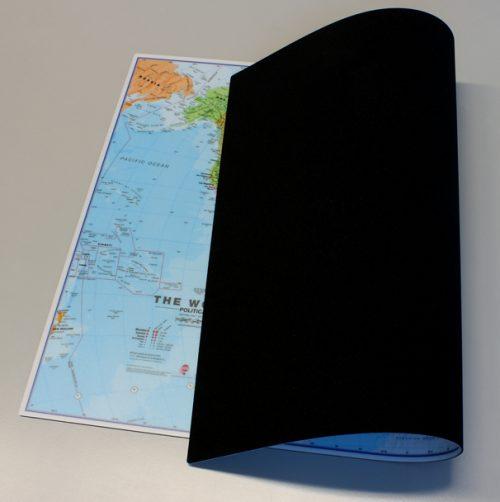 musmatta-världskarta-63-x-42-cm